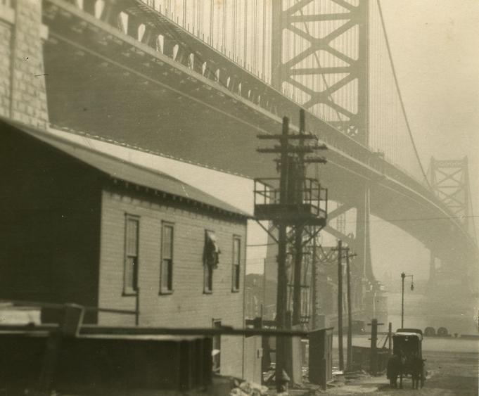 Bridge and Carriage Philadelphia, Pennsylvania, 1926 Gelatin silver print, printed c. 1926 3 1/2 x 4 inches