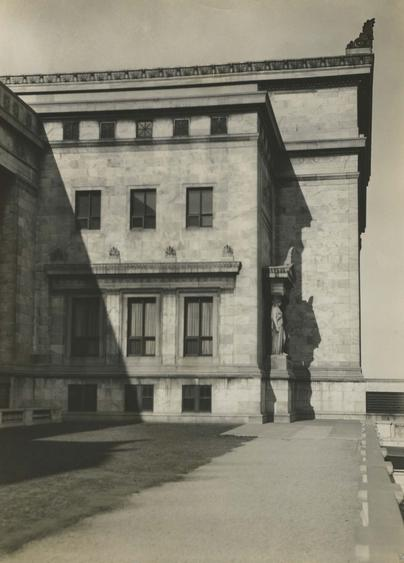 Field Natural History Museum, Chicago, 1926 Gelatin silver print, printed c. 1926 8 x 6 inches
