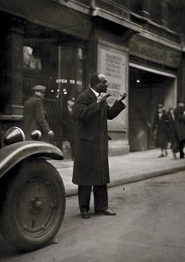 Street Performer, London, c. 1933 Gelatin silver print, printed c. 1933 3 3/4 x 2 3/4 inches