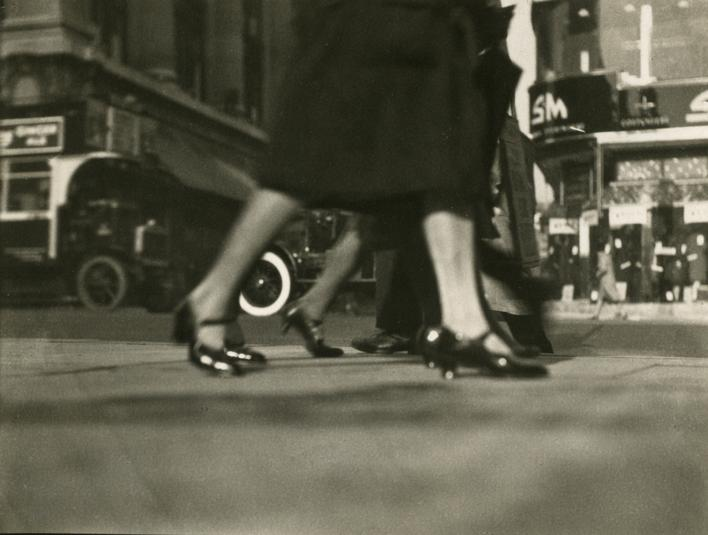 Oxford Street, London, c. 1929 Gelatin silver print, printed c. 1929 3 1/4 x 4 1/4 inches