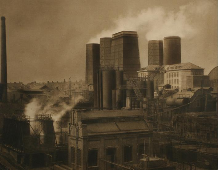 Zeche Coke Works, Essen, 1928 Gelatin silver print, printed c. 1928 15 x 19 1/4 inches