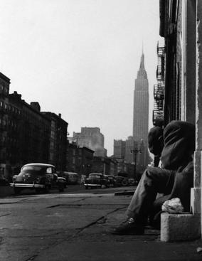 34th Street, New York, 1952 Gelatin silver print, printed later 14 x 11 inches