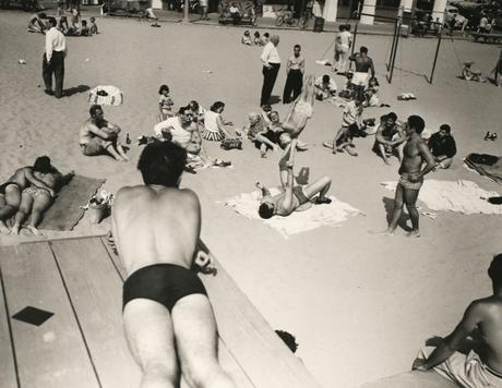 People Watching Boy Being Balanced, Muscle Beach, CA, 1954 Gelatin silver print, printed 1980 16 x 20 in. (40.6 x 50.8 cm) Signed, titled, dated with artist stamp on verso $4,000 Inquire