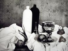 Natura morta con cipolle,1956 (Still life with a cup) Gelatin silver print, printed later 11 3/4 x 15 inches