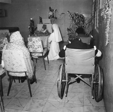 Elders Waiting, Mexico, 1985 Gelatin silver print, printed c. 2010 19 3/4 x 15 7/8 in.